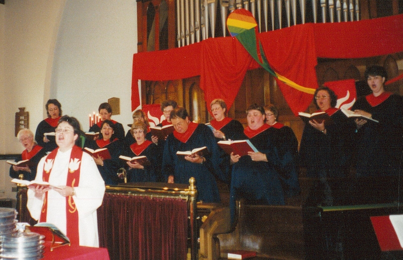 40-5-Liz-03-1999-Pentecost-Jane-singing-with-choir