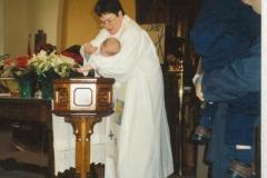 39-6-Bethany-01-2003-Jane-baptising-02